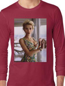 Scarlett Johansson, ultimate perfection Long Sleeve T-Shirt