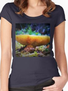 Bite Me: Fungus Teeth Women's Fitted Scoop T-Shirt