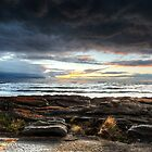 Waiting for the storm by collaspics