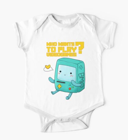 BMO Adventure Time - Who wants to play videogames? One Piece - Short Sleeve