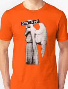 [Doctor Who] Don't Blink - Angel T-Shirt