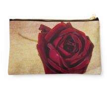 Papa Meilland......A red red rose.. Studio Pouch