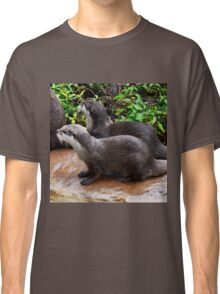 Otter Hand It To You Classic T-Shirt