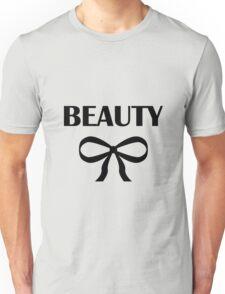 BEAUTY| HEIDI | BLACK Unisex T-Shirt