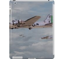 B17 - 15th AF - B17s in Italy iPad Case/Skin