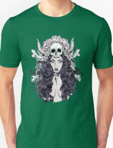 Beautiful woman with long hair and antlers T-Shirt