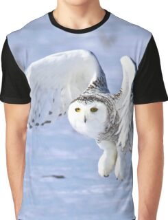 Her power takes flight Graphic T-Shirt