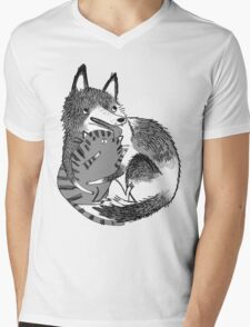 husky loves kitty Mens V-Neck T-Shirt