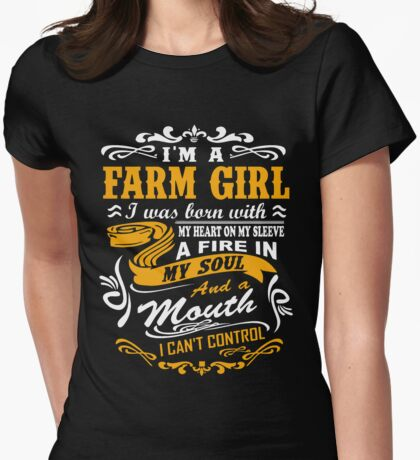 I'm a farm girl T-shirt Womens Fitted T-Shirt