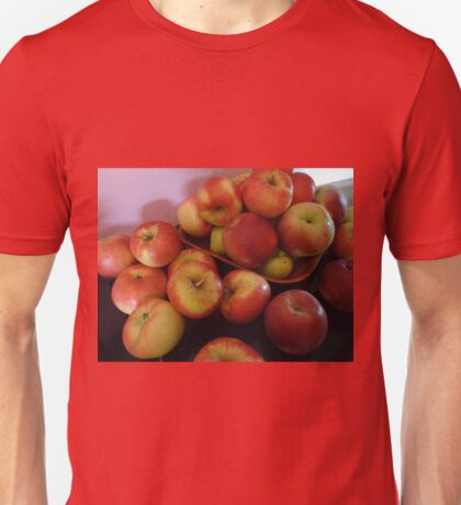 Red apples Unisex T-Shirt