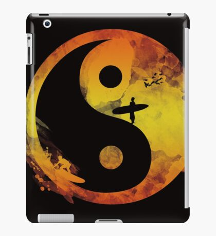 yin yang surfin V1 iPad Case/Skin