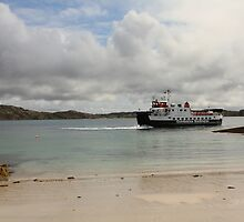 MV Loch Buie leaving Iona by Jonathan Cox
