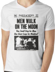 Moon Landing Front Page 1969 Mens V-Neck T-Shirt