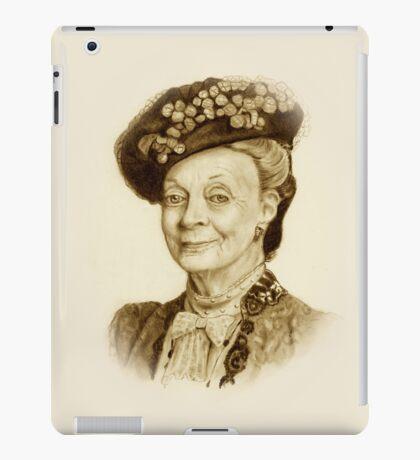 Downton Abbey, Maggie Smith Pencil Portrait, Sepia, Dowager Countess iPad Case/Skin