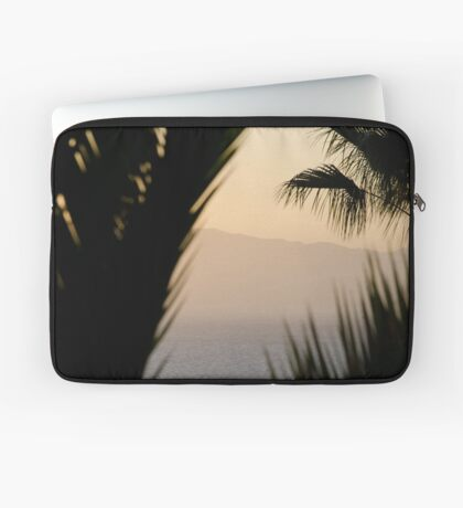 Abstract - Los Gigantes Laptop Sleeve