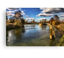 Approaching Day's Lock On The Thames Canvas Print