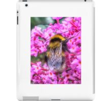 Bumble bee in summer iPad Case/Skin
