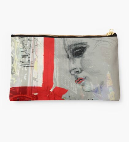 Sybil in New York Studio Pouch