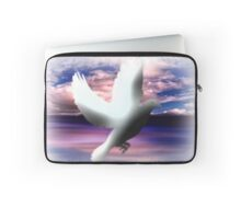 The Messenger of Freedom. Laptop Sleeve