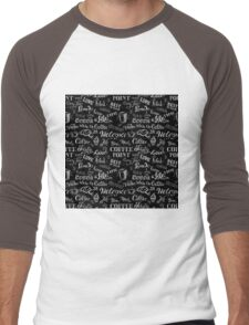 seamless doodle coffee pattern on black background Men's Baseball ¾ T-Shirt