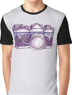 Nature Photographer  Graphic T-Shirt
