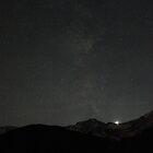Dark mountains by zumi