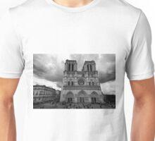 Entrance of Notre Dame Cathedral – Paris, France Unisex T-Shirt