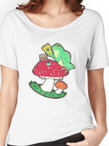 Bookish Frog in color Women's Relaxed Fit T-Shirt