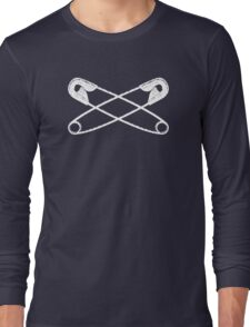Safety pins crossed Long Sleeve T-Shirt