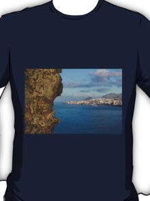Hungry Rock - Travel Photography T-Shirt
