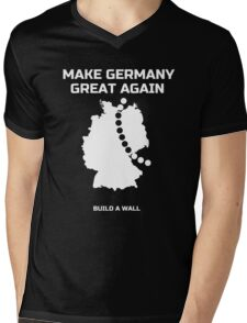 Make Germany Great Again and build a Wall funny T-Shirt Mens V-Neck T-Shirt