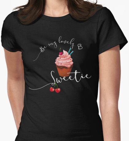 cupcakes food, sweet, schokolade, torte, obst, süßes Womens Fitted T-Shirt