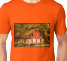Country - Barn - Out to pasture Unisex T-Shirt
