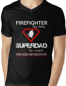 Firefighter - Supperdad By Night This Man Never Stops Mens V-Neck T-Shirt