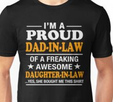 Proud Dad In Law Of Awesome Daughter In Law T-Shirt Unisex T-Shirt