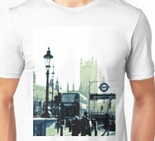 London Westminister Station and Abbey Unisex T-Shirt