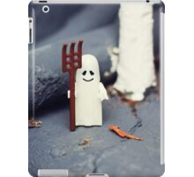 ::: { THE HALLOWEEN GHOST } ::: iPad Case/Skin