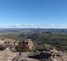 Standing on Lookout! Hassans Walls, Lithgow, Blue Mountains. N.S.W.  by Rita Blom
