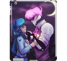 Mystery Skulls - Lewis and Vivi - When I'm With You iPad Case/Skin