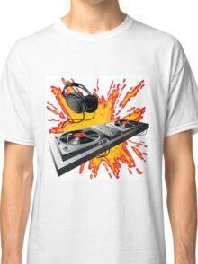 DJ control panel Classic T-Shirt