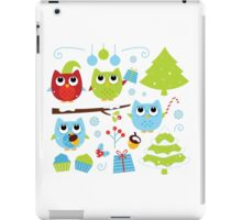 Cute Christmas design elements : Owls family Xmas iPad Case/Skin