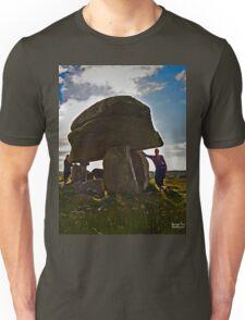 Kilclooney Dolmen, County Donegal Unisex T-Shirt