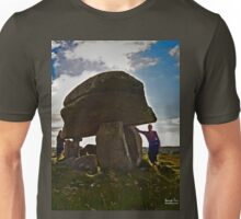 Kilclooney Dolmen, County Donegal Unisex T-Shirt