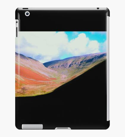 DUFTON HILLS iPad Case/Skin