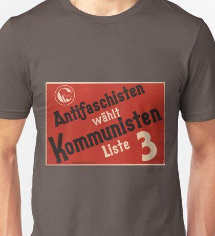 Antifascists vote communist! Unisex T-Shirt
