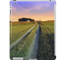 Picturesque indian summer scenery | landscape photography iPad Case/Skin