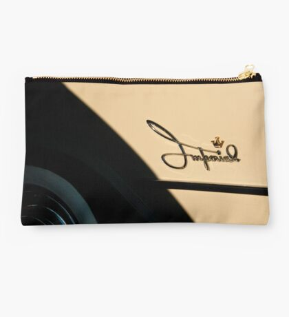 5057_Imperial Logo with Crown and White Walls Studio Pouch