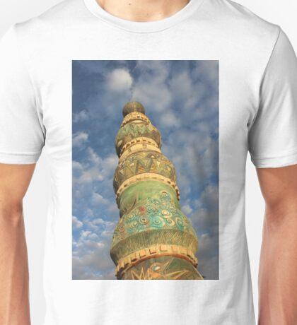 Beautiful beach sculpture in Venice, California Unisex T-Shirt