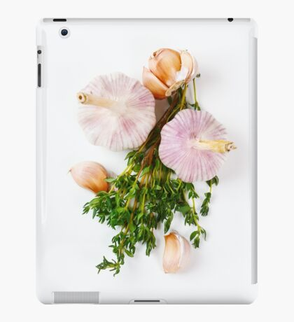 Fresh seasoning, garlic and thyme iPad Case/Skin