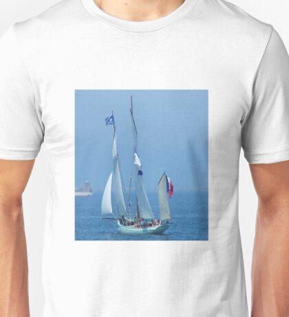 tall sailing ship Unisex T-Shirt